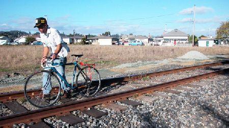 biker_11-11-05.jpg