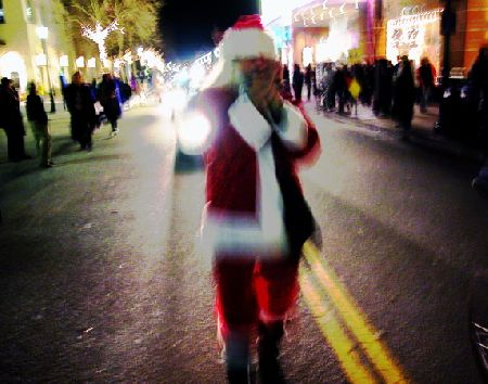 santa_12-31-05.jpg