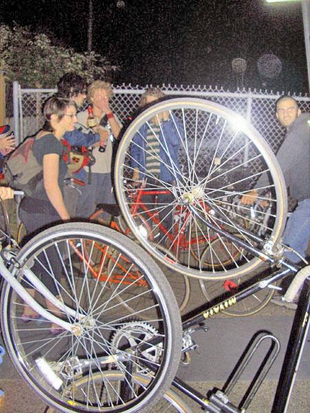 bikebattle2a.jpg