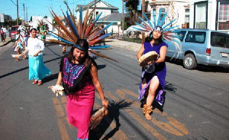 dancers_10-16-05.jpg