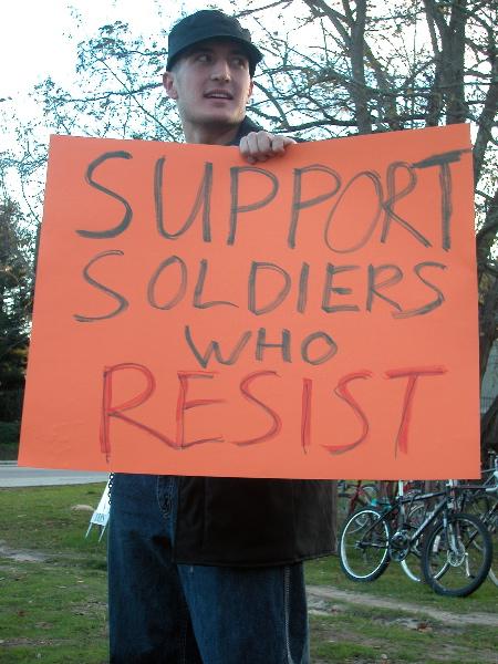 resist_11-9-04.jpg