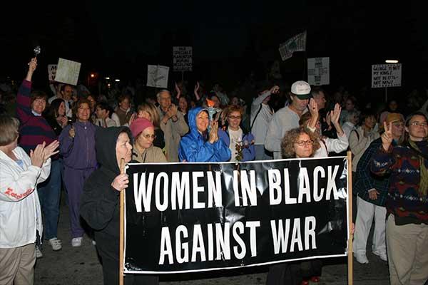 Women_In_Black.jpg
