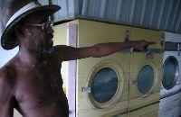 laundromat_9-15-05.jpg