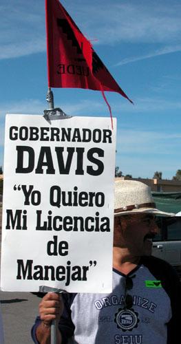 13_gov_davis_3-30-03.jpg
